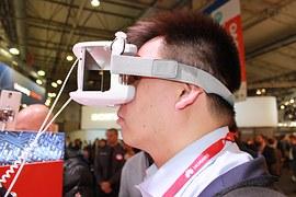 virtual-reality-1237523__180